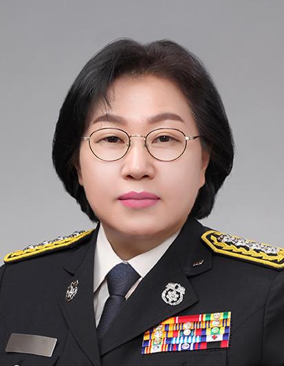 광주 최초 여성 소방정 탄생…이정자 구조구급과장 임용