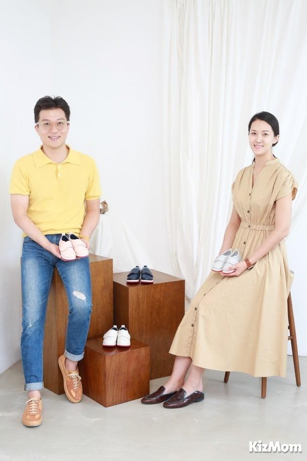 한승재 벨리 밤비니 대표(우)와 김나윤 씨(좌)는 결혼을 앞둔 예비부부다. 두 사람은 미래의 자녀가 신을 신발이기도 한 벨리 밤비니에 관해 평소 많은 이야기를 주고 받는다고.