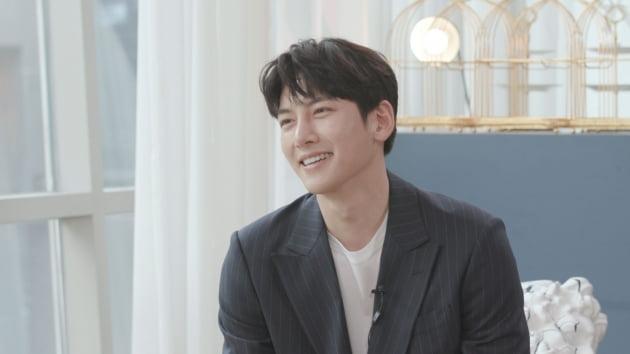 '한밤'에 출연한 지창욱/ 사진=SBS 제공