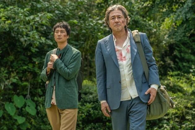 영화 '헤븐: 행복의 나라로' 박해일(왼쪽), 최민식 / 사진제공=하이브미디어코프