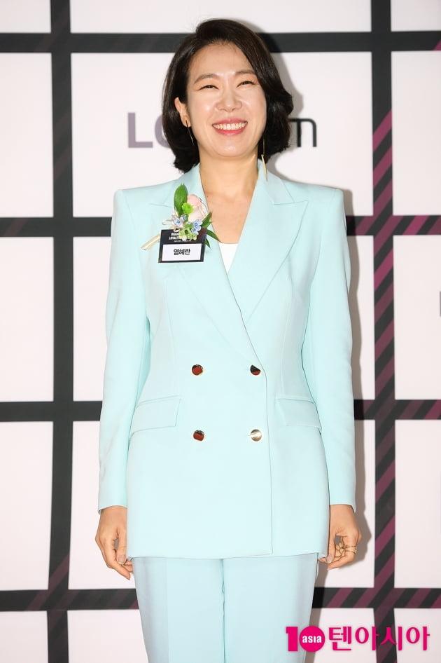 [TEN 포토] 염혜란 '최고의 씬스틸러'