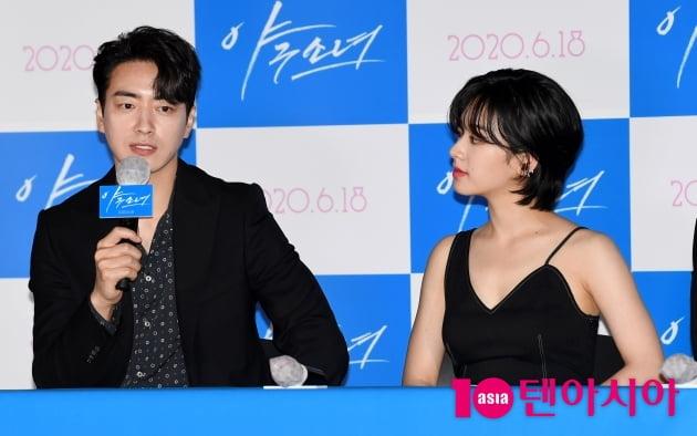 [TEN 포토] '야구소녀' 이준혁-이주영 '드레스코드는 블랙'