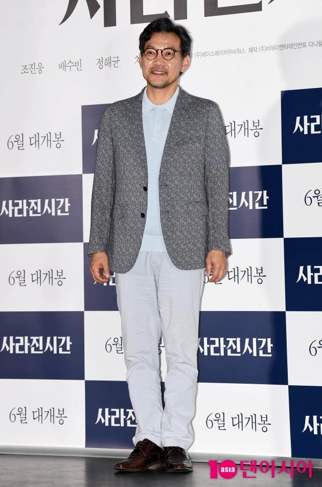 [TEN 포토] '사라진 시간' 정진영 '싱글벙글 영화감독의 꽃미소 '