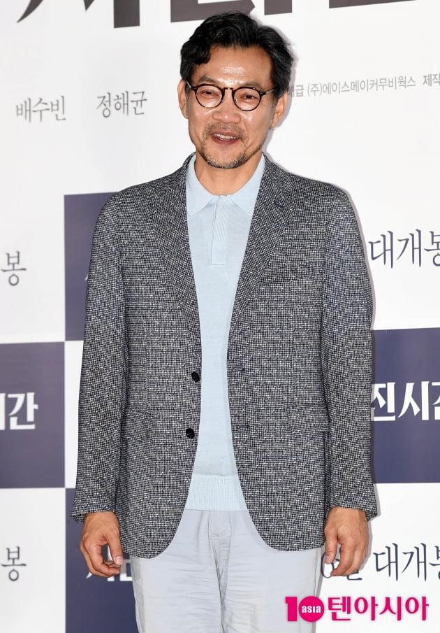 [TEN 포토] '사라진 시간' 정진영 '어릴적 꿈 감독 데뷔 행복해'