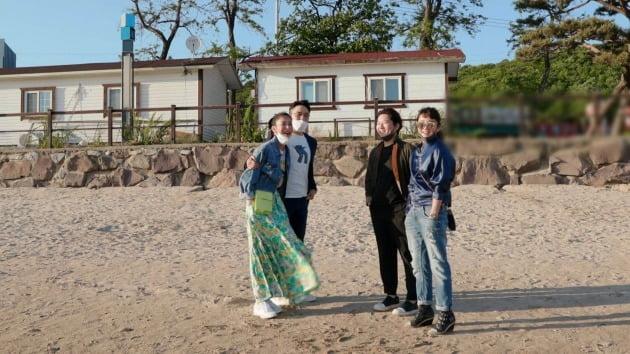 '가보가' 박선주-강레오 부부와 한고은-신영수 부부가 함께 데이트를 즐겼다. / 사진제공=JTBC