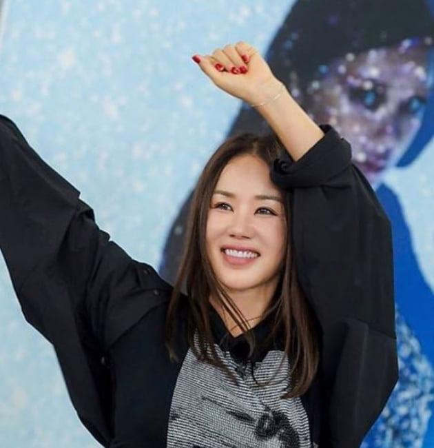 가수 겸 배우인 엄정화 / 사진=엄정화 인스타그램