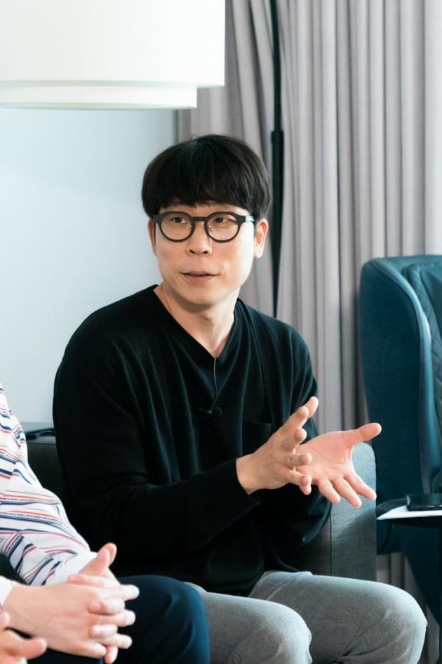 신상호 PD가 19일 오후 온라인 생중계된 올리브 새 예능 '집쿡라이브' 제작발표회에 참석했다. /사진제공=올리브