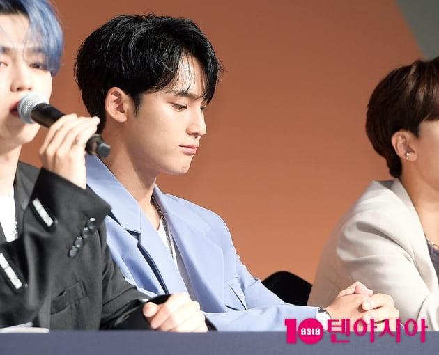 [TEN 포토] 세븐틴 민규 '실망 안겨 죄송합니다'