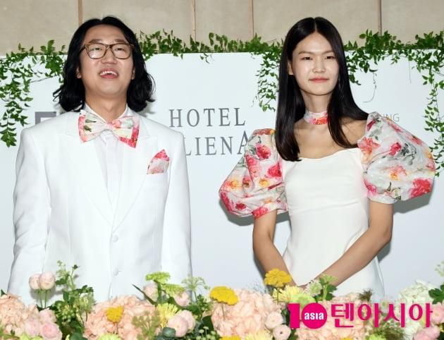 [TEN 포토] 김경진-전수민 '우리 오늘 결혼해요~'