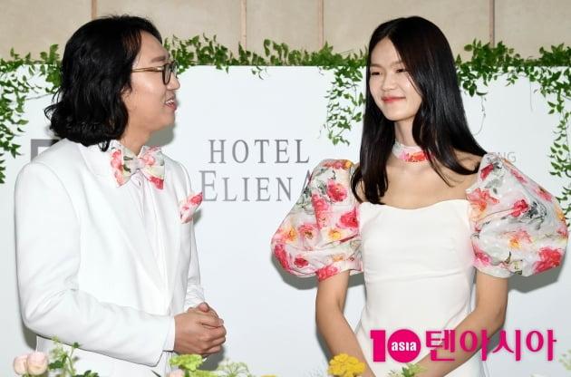 [TEN 포토] 김경진-전수민 '바라만 봐도 좋아요~' (결혼식 기자회견)