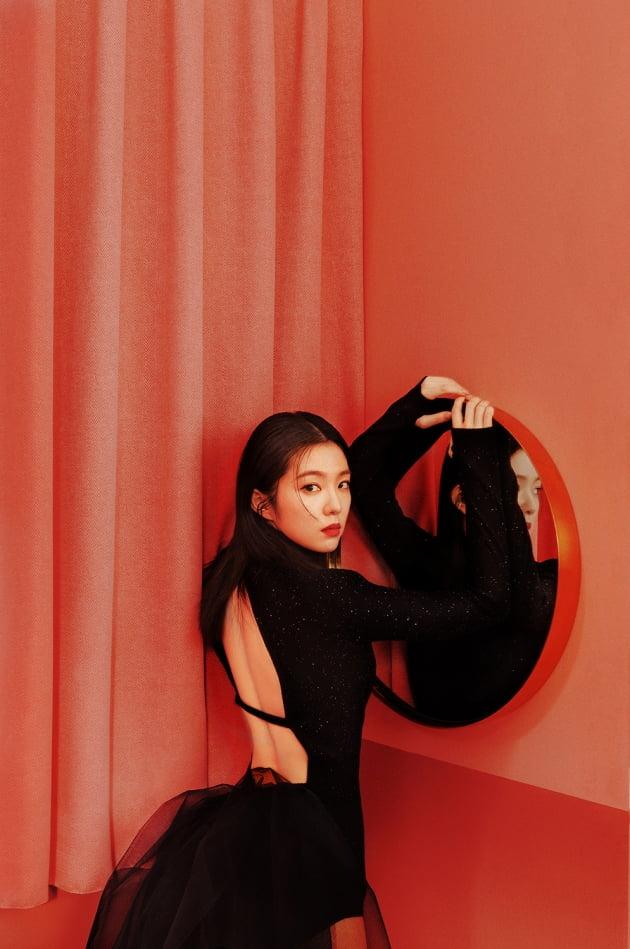 레드벨벳-아이린&슬기 첫 번째 미니앨범 'Monster' 아이린 티저 이미지  / 사진제공=SM엔터테인먼트