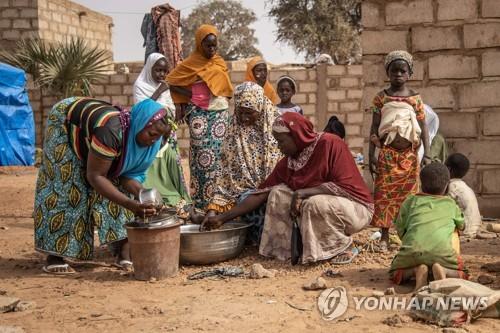 IS-알카에다 패권다툼…아프리카 민간인만 죽어난다
