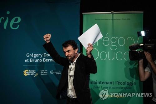 프랑스 지방선거 마크롱 집권당 참패…녹색당 약진 '좌클릭'