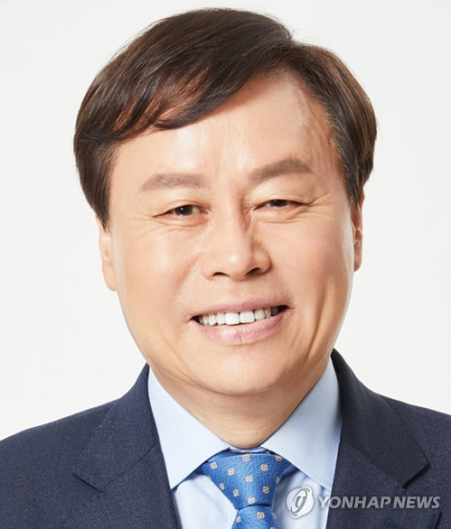 국정농단 파헤친 '시인 출신' 도종환 문체위원장