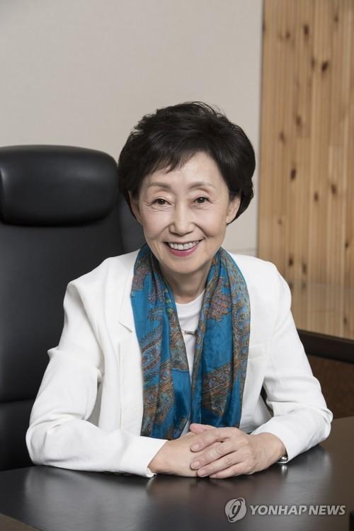 """인권위원장 """"코로나19 위협이 노인 취약성 선명하게 드러내"""""""