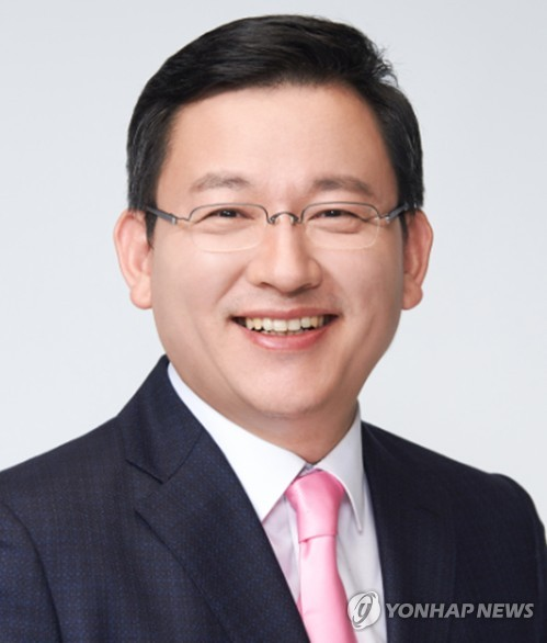 """한노총 출신 통합당 초선 """"홍준표처럼 하면 또 진다"""""""