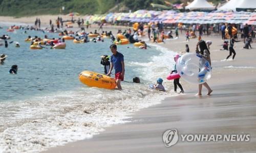 [경남소식] 경남 26개 해수욕장 환경안전 관리기준 '적합'