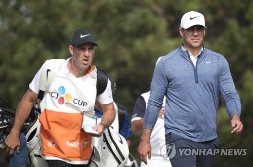 PGA가 돌아왔다…세계랭킹 1∼3위 매킬로이·람·켑카 한조