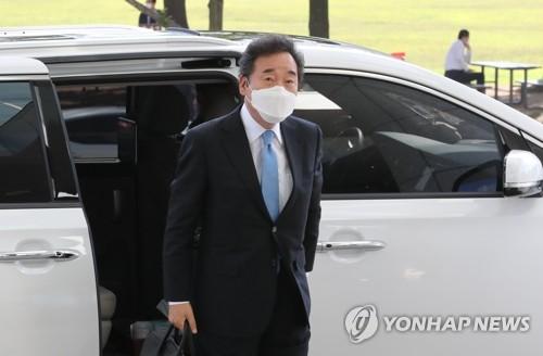 """""""이낙연 34.3% 이재명 14.2%…황교안 홍준표 6%대""""[리얼미터]"""
