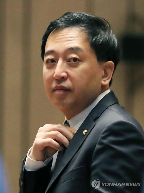 '당론거부' 금태섭 징계 두고 치고받는 정치권
