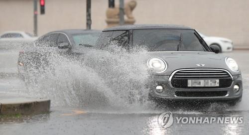 [내일날씨] 아침까지 곳곳 빗방울…동해안 돌풍 주의