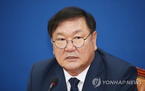 정책ㆍ추진력 겸비한 친문핵심 김태년 운영위원장