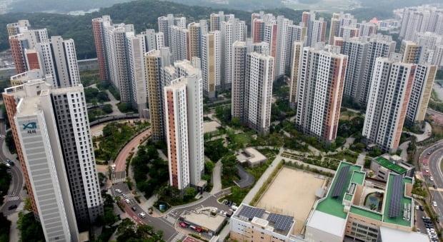 최근 정부 부동산 대책 빗겨가 집값이 급등중인 김포 아파트.(사진=뉴스1)