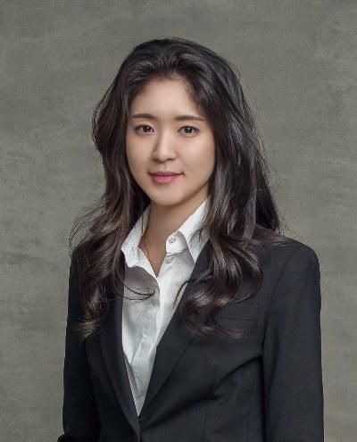 서경배 아모레퍼시픽 회장 장녀 민정 씨. 사진=한경DB