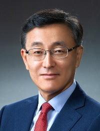 법무법인 태평양, 김수남 전 검찰총장 영입