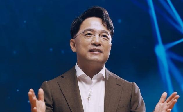 """[단독] 보수 야당 영입 거론되는 김택진 """"정치에 전혀 뜻 없다"""""""