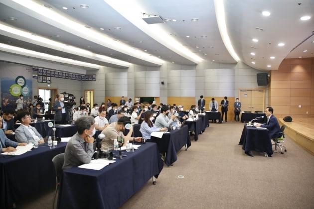 """박상돈 천안시장 """"촘촘한 복지 안전망, 기업하기 좋은 도시 조성"""""""