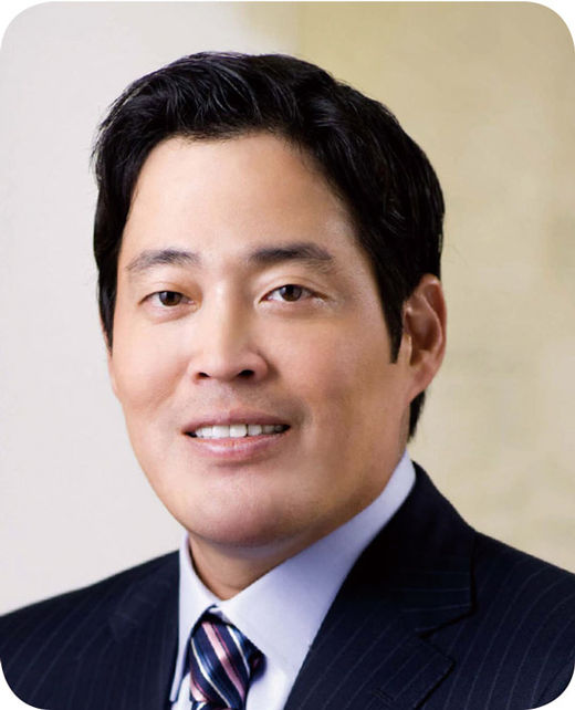 [100대 CEO] 정용진 신세계그룹 부회장, 유통 트렌드 선도…'미래형 점포' 확대한다