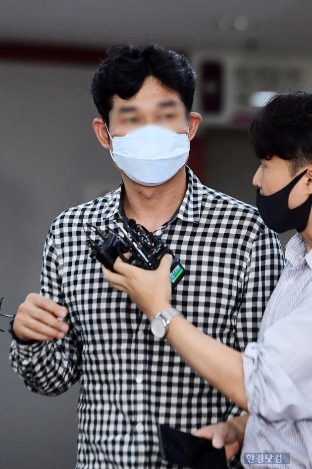 [포토] 스포츠공정위원회 회의 참석하는 김규봉 감독