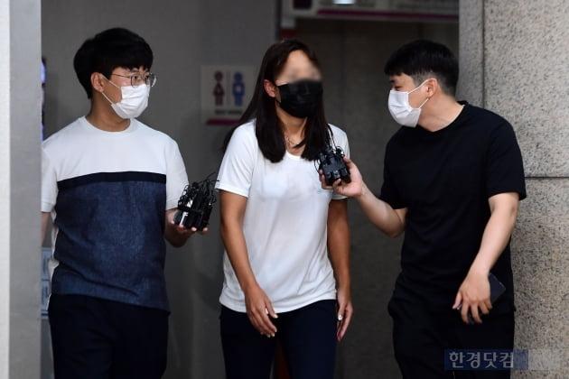 [포토] 트라이애슬론 장윤정 선수, '질문에 묵묵부답'