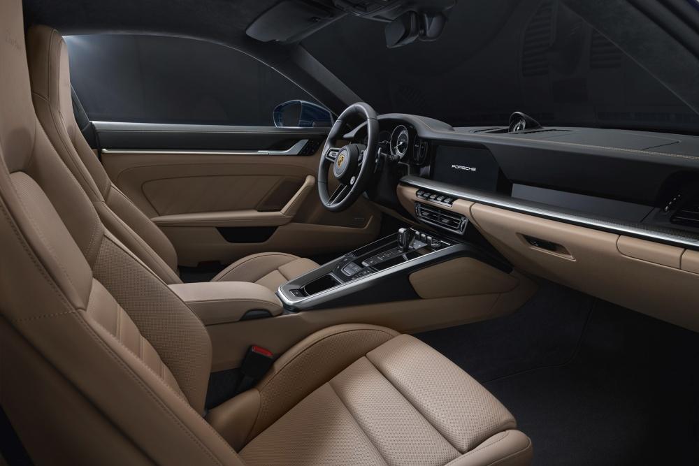 포르쉐, 최고 580마력 내뿜는 911 터보 공개