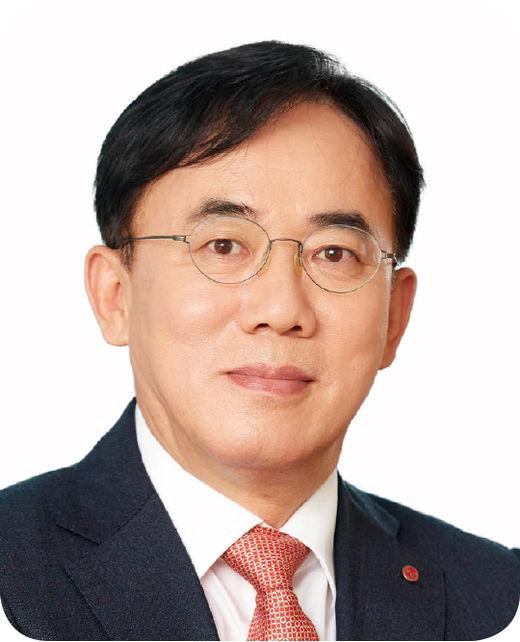 [100대 CEO] 정철동 LG이노텍 사장, 풍부한 B2B 사업 경험과 통찰력 겸비