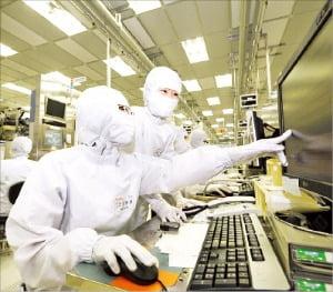 베스트바이 등 영업 재개에…LG전자, 6월 美 가전매출 두 배 늘어