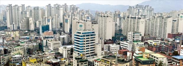 과거 주택 공급이 늘어났던 시기에 서울의 주택가격이 안정세를 찾은 것으로 파악됐다. 사진은 이명박 정부 시절 크게 확장된 길음뉴타운. 한경DB