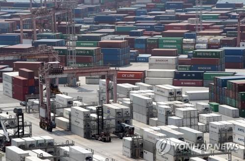 [고침] 경제([1보] 6월 수출 10.9%↓…3개월 연속 두 자릿…)