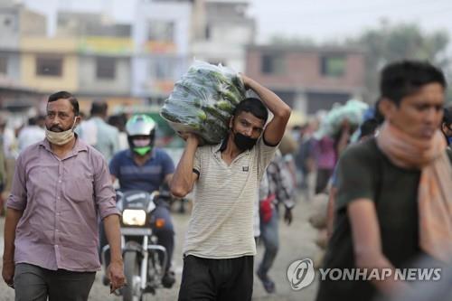 인도 신규 확진 2만2천명…이틀 연속 '최다 기록'