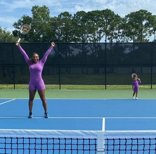 윌리엄스, 3살 딸과 테니스 코트에 등장 '새 복식 파트너?'