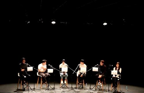 [연극소식] 코믹추리극 '셜록홈즈'로 더위 '싹'