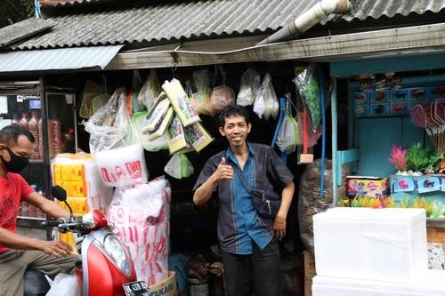 [잘란잘란] 35년째 애완물고기 숍 운영…간판 없어도 인기