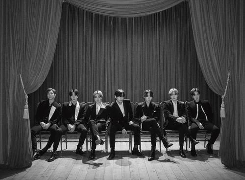 방탄소년단 일본발매 앨범, 영국 오피셜차트서 역대 최고순위