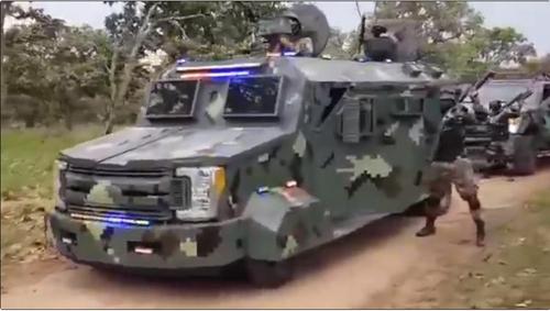 군대 방불케 하는 멕시코 카르텔…중무장 영상으로 위력 과시