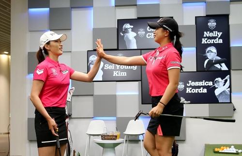 최운정·김세영, 코르다 자매와 스크린 골프 맞대결서 승리
