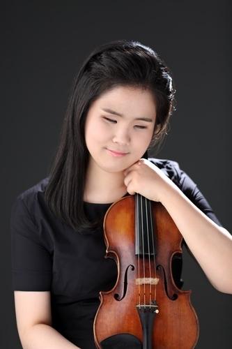 """시각장애인 바이올리니스트 김지선 """"연주로 위로 전하고 싶어요"""""""