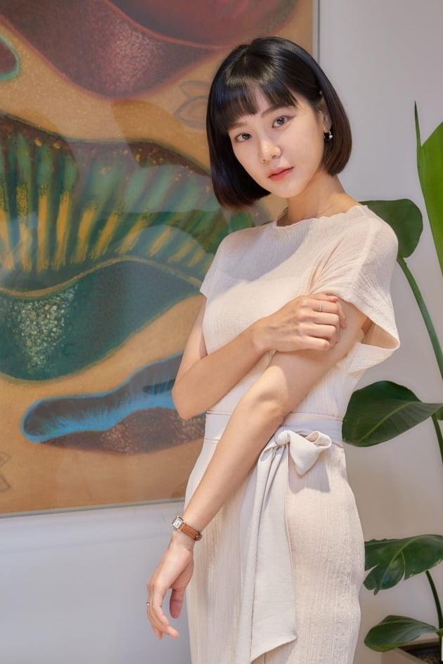 MBC 수목드라마 '꼰대인턴'에서 이태리 역을 맡은 배우 한지은./사진제공=HB엔터테인먼트