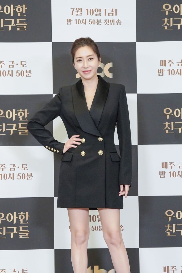 배우 송윤아./사진제공=JTBC