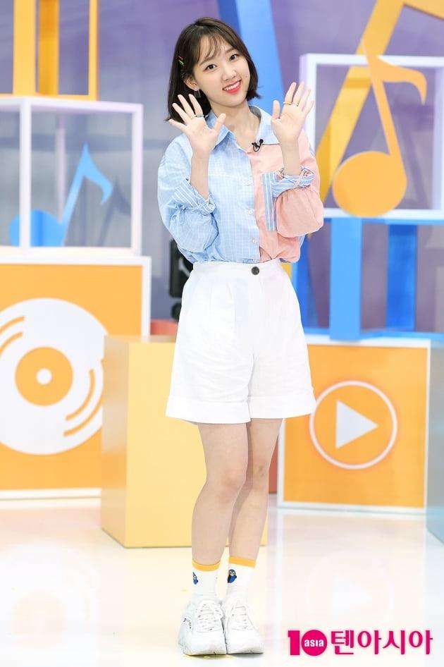 [TEN 포토] 위클리 신지윤, '시원한 여름 패션'
